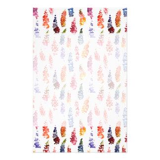 かわいく多彩でガーリーなlupineの花模様 便箋