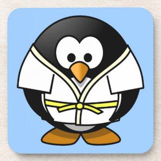 かわいく小さいアニメの柔道のペンギン コースター