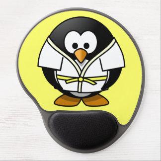 かわいく小さいアニメの柔道のペンギン ジェルマウスパッド