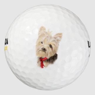 かわいく小さい水彩画のヨークシャーテリアのヨークシャテリア ゴルフボール