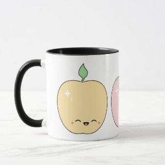 かわいく幸せなりんご マグカップ