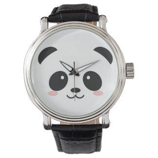 かわいく幸せな顔のパンダ 腕時計