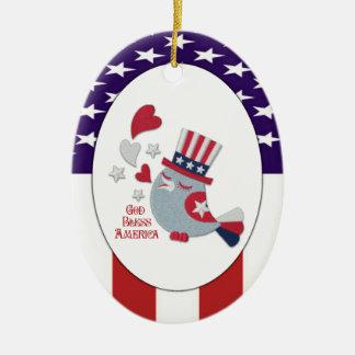 かわいく愛国心が強いさえずり-神はアメリカを賛美します セラミックオーナメント