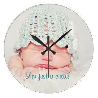 かわいく生まれたばかりのなベビーのカスタムの時計 ラージ壁時計