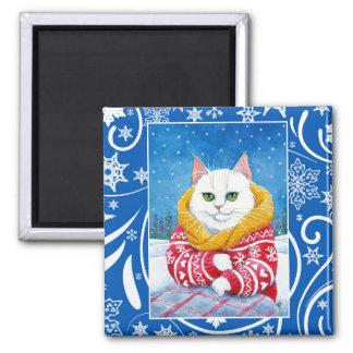 かわいく白い猫、クリスマスの冬の自然 マグネット