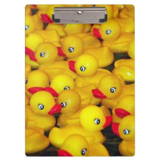 かわいく黄色いゴム製アヒルちゃんパターン クリップボード