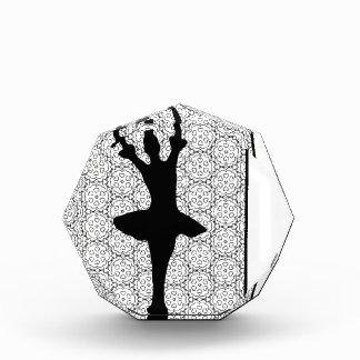 かわいく黒い及び白人の踊りのバレリーナ 表彰盾