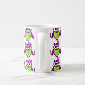 かわいこちゃんのPatootieのフクロウのマグ コーヒーマグカップ