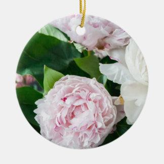 かわいらしいシャクヤクのパステルの花束 セラミックオーナメント