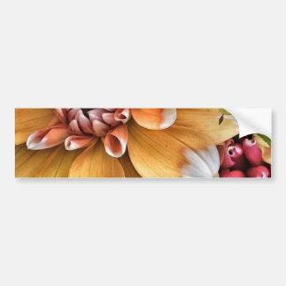 かわいらしいダリアの開花 バンパーステッカー