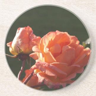 かわいらしいバラ コースター