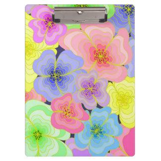 かわいらしいパステル調の花 クリップボード