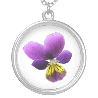 かわいらしいパンジーの花柄のネックレス シルバープレートネックレス
