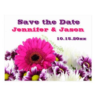 かわいらしいピンクのガーベラのデイジーの結婚式の保存日付 ポストカード