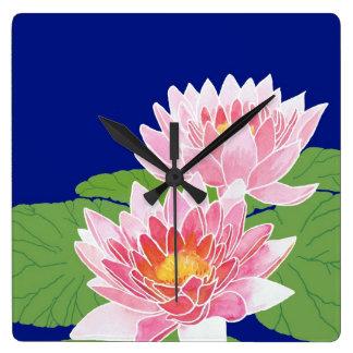 かわいらしいピンクのスイレン: 正方形の柱時計 スクエア壁時計
