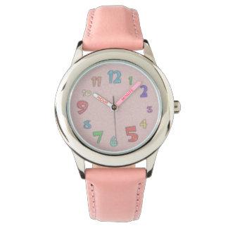 かわいらしいピンクのパステル 腕時計