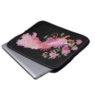 かわいらしいピンクのヴィンテージの孔雀および花 ラップトップスリーブ