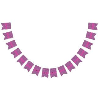 かわいらしいピンクの花パターン バンティングフラッグ