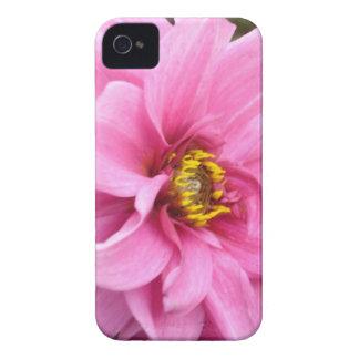 かわいらしいピンクの野生の花の例 Case-Mate iPhone 4 ケース