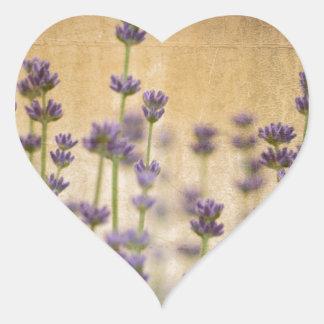 かわいらしいラベンダーの花 ハートシール