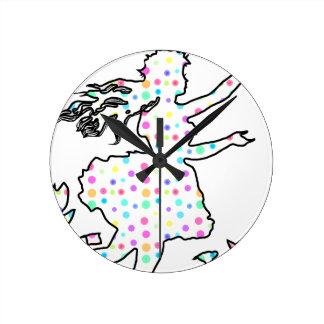 かわいらしい妖精 ラウンド壁時計
