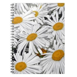 かわいらしい白いデイジーのプリントのノート ノートブック