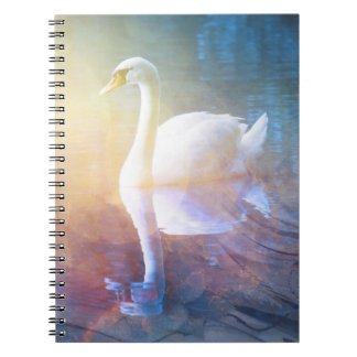 かわいらしい白鳥のreflection湖のノート ノートブック