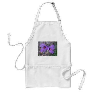 かわいらしい紫色のクロッカス スタンダードエプロン