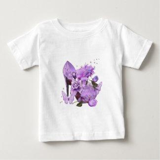 かわいらしい紫色のラベンダーのハイヒールのばら色の花柄 ベビーTシャツ