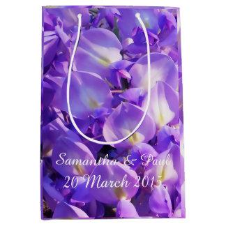 かわいらしい紫色の藤の結婚式の花 ミディアムペーパーバッグ