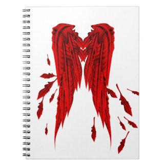 かわいらしい赤の羽の天使の翼のデザイン ノートブック