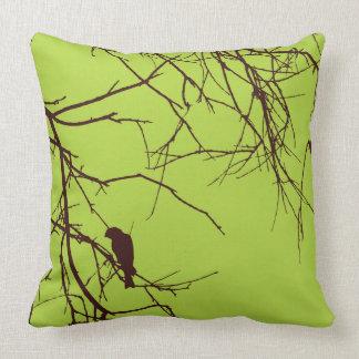 かわいらしい鳥の緑の茶色の装飾用クッション クッション
