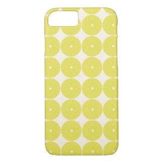 かわいらしい黄色は夏の柑橘類粗かったディスクを一周します iPhone 8/7ケース