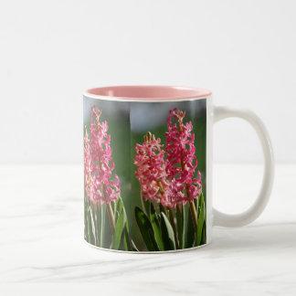 かわいらしい、ピンクのHyacinth ツートーンマグカップ