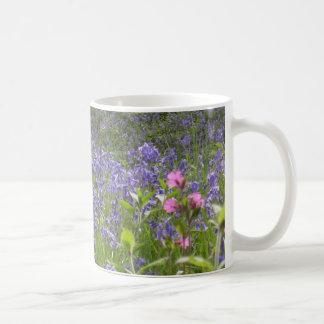 かわいらしいBluebellsの花の写真 コーヒーマグカップ