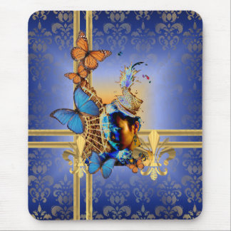 かわいらしくフェミニンでガーリーなデザインおよび蝶 マウスパッド