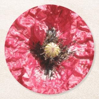 かわいらしく赤いケシの花のマクロ紙のコースター ラウンドペーパーコースター