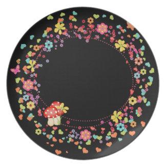 きのこおよび花のディナー用大皿 プレート