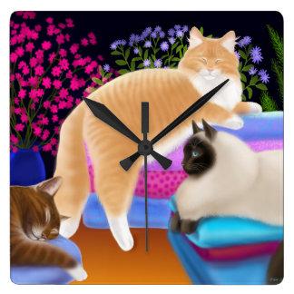 きれいな洗濯の柱時計の睡眠猫 スクエア壁時計