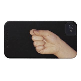 くいしばられる握りこぶしを搭載する手のクローズアップ Case-Mate iPhone 4 ケース