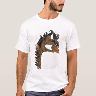 くちばしのシカを握っているグリフィン Tシャツ
