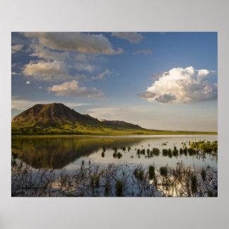 くまのビュートはくまのbutte湖に近く反映します ポスター