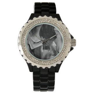 こうもりによってはゴシック様式女性黒い腕時計が飛びます 腕時計