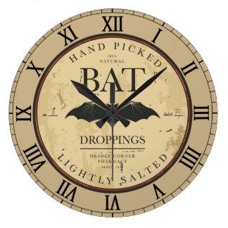 こうもりの糞のヴィンテージのハロウィンのラベル ラージ壁時計