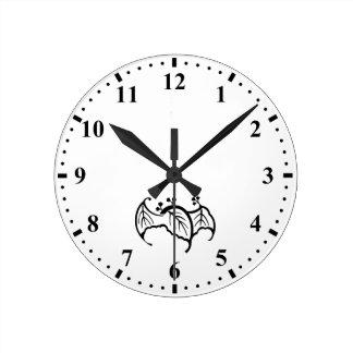 こうもり型のpaulownia ラウンド壁時計