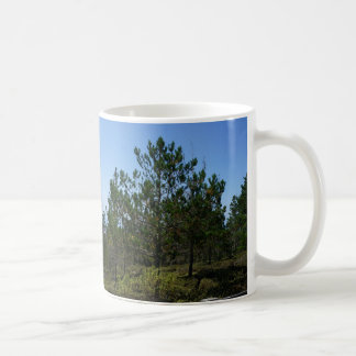 こけももの丘のPebble Beachのマグ コーヒーマグカップ