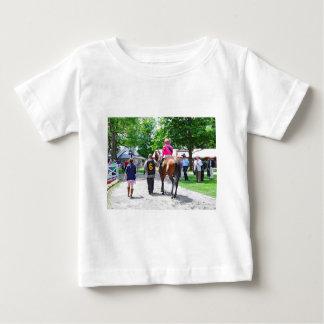 ここにポストにRosieを来ます ベビーTシャツ