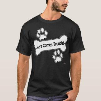 ここに悩みを来ます! 足 Tシャツ