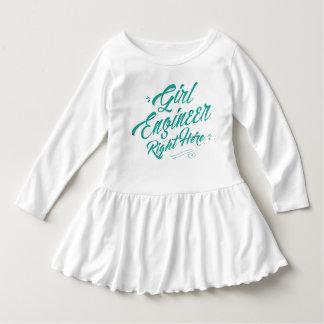 ここの正しの女の子エンジニアの幼児のひだの服 ドレス
