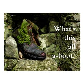 このすべてのブーツは何ですか。 郵便はがきのイメージ ポストカード